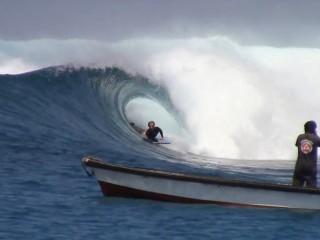 Anthony Zozaya aux Mentawaii
